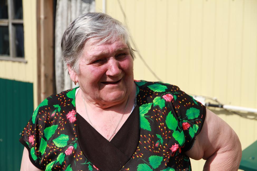 Фото Депутат Заксобрания Новосибирской области и игроки ХК «Сибирь» помогли жителям Сокура продуктами 2