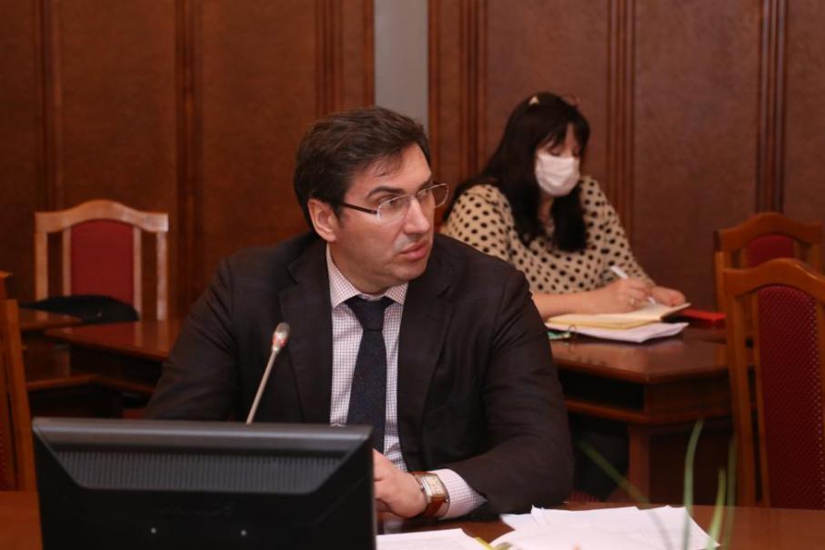 Фото Где сдать анализ и кто отвечает за информирование населения: депутаты Заксобрания Новосибирской области получили ответы о коронавирусе 2