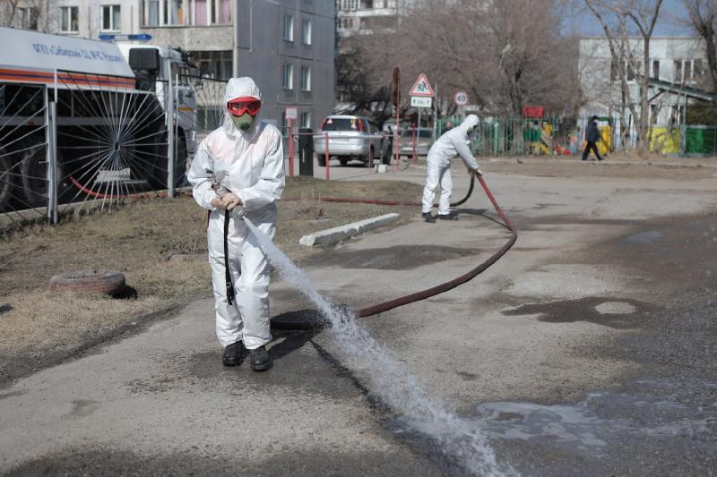 На дезинфекцию тротуаров в Новосибирске потратят 27 миллионов рублей