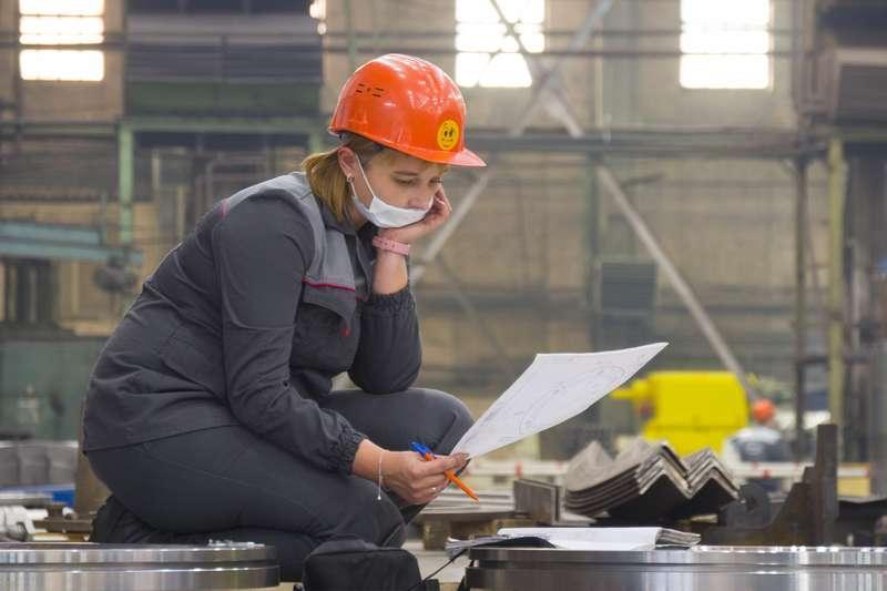 фото Новосибирский завод «ЭЛСИБ» увеличивает не только выручку, но и зарплату персоналу 8
