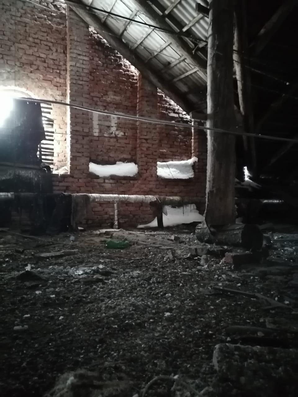 фото Дом под Новосибирском затопило стоками из канализации и завалило сугробами 2