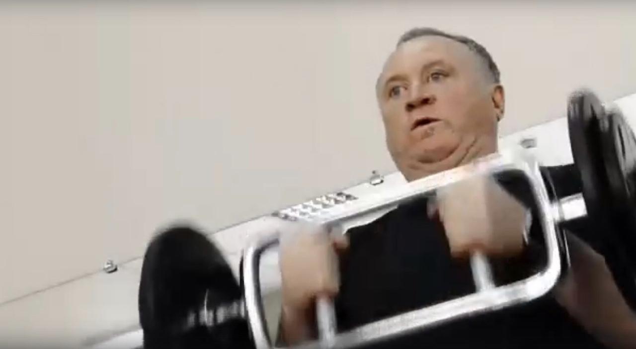 Фото Алкомагнат, политик, бизнесмен из 90-х: кто такой Сергей Проничев 4