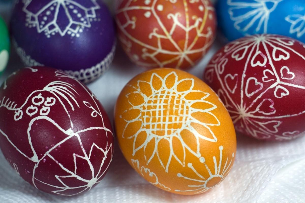 фото Красим яйца к Пасхе: рецепты и советы новосибирских мастериц 4
