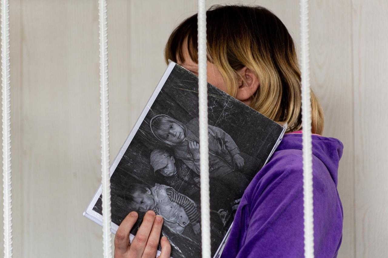 Фото «Выйдем, докажем, кто виноват»: родители сгоревших на пожаре под Новосибирском детей заявили о возможном поджоге 4