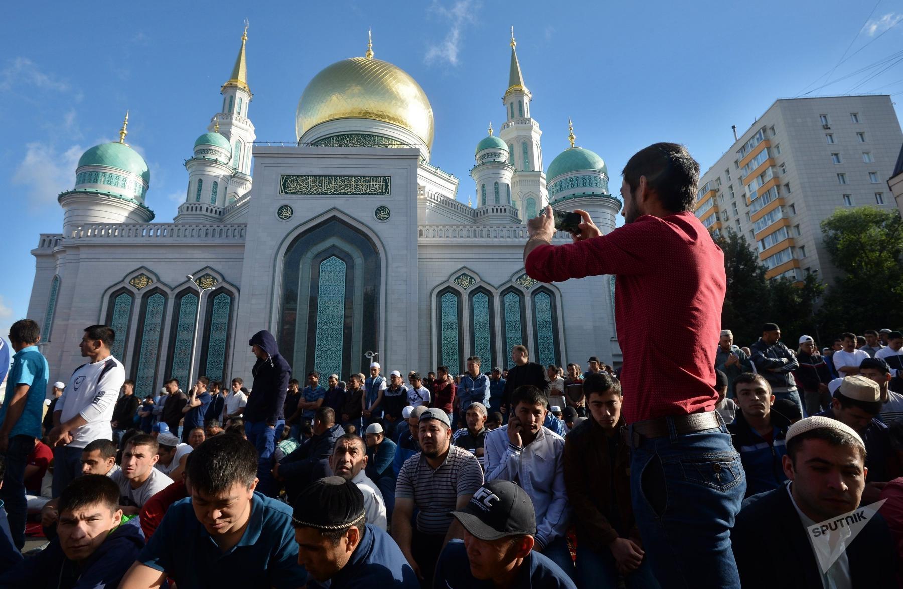 Фото Рамадан 2021: начало священного поста мусульман, сроки и жестоко карающие запреты 2