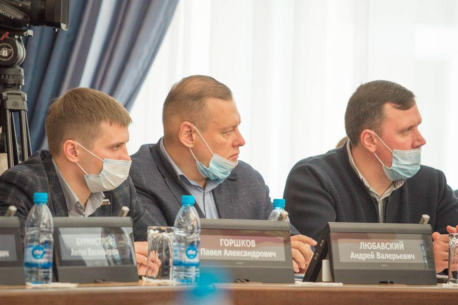 фото Внимание к проблемным участкам: депутаты горсовета обсудили насущные проблемы городского хозяйства 3