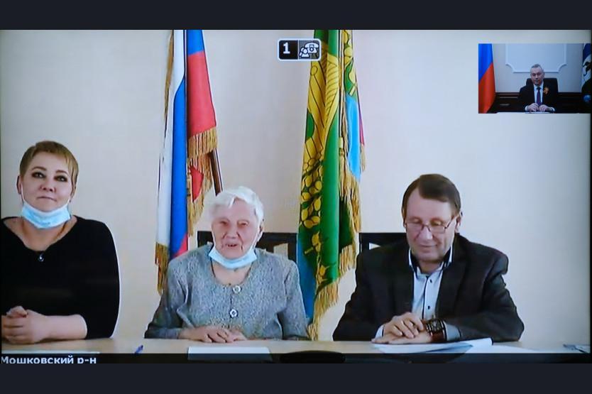 фото Губернатор Травников поручил выделить средства на ремонт жилья ветеранов ВОВ в Новосибирске 2