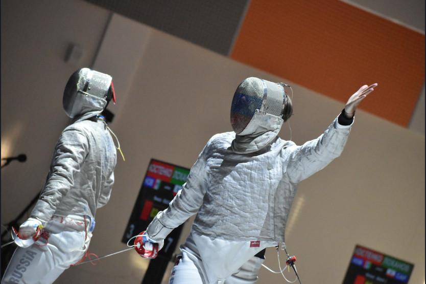 фото Первые победители определились на чемпионате России по фехтованию в Новосибирске 3