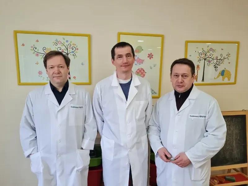 фото Новосибирские хирурги прооперировали «хрустальную девочку» 2