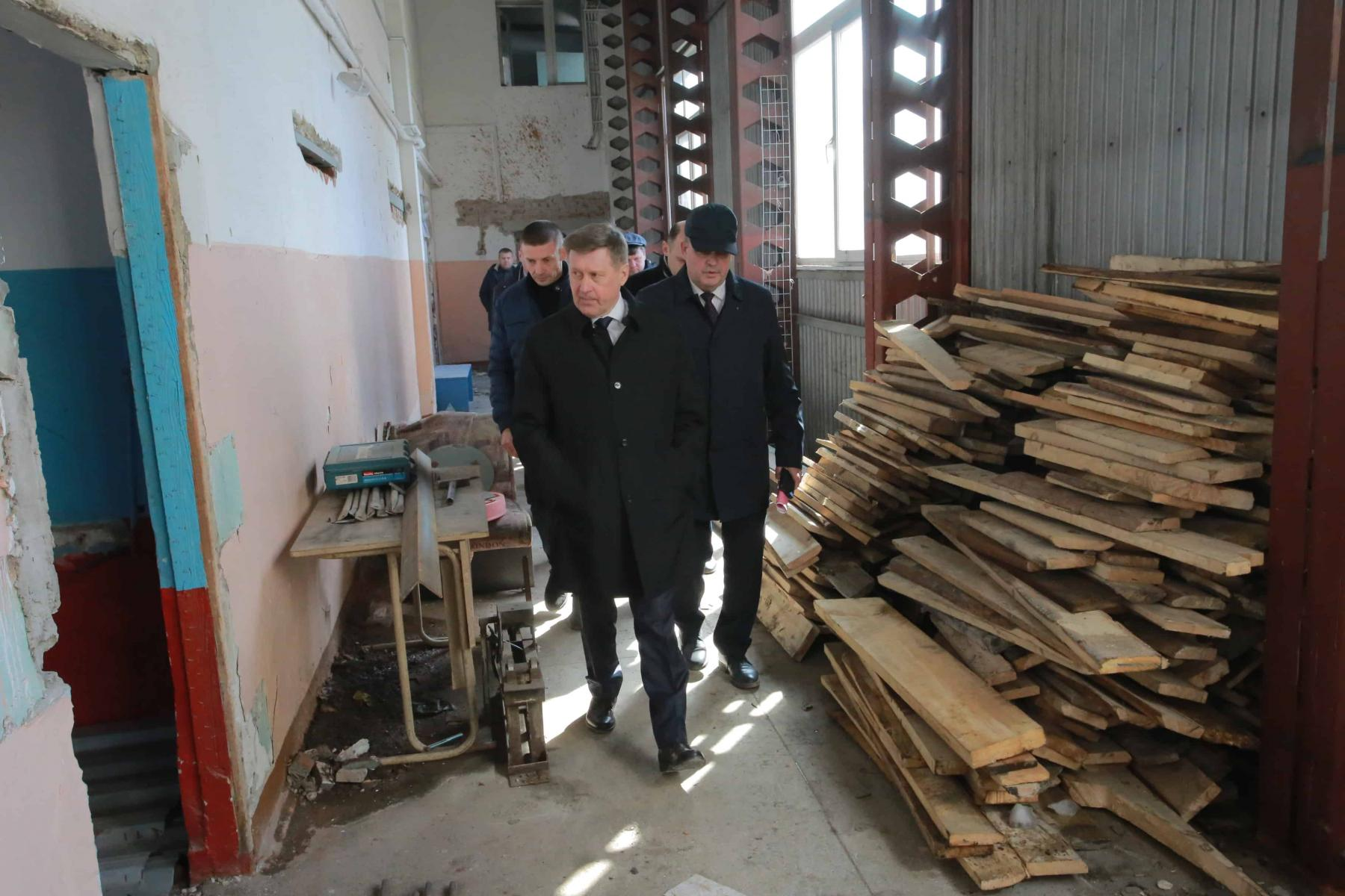 Фото Школу на улице Панфиловцев в Новосибирске капитально отремонтируют к сентябрю 2022 года 2