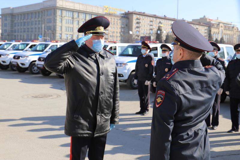 фото Инспекторы ГИБДД получили новые автомобили в Новосибирске 2