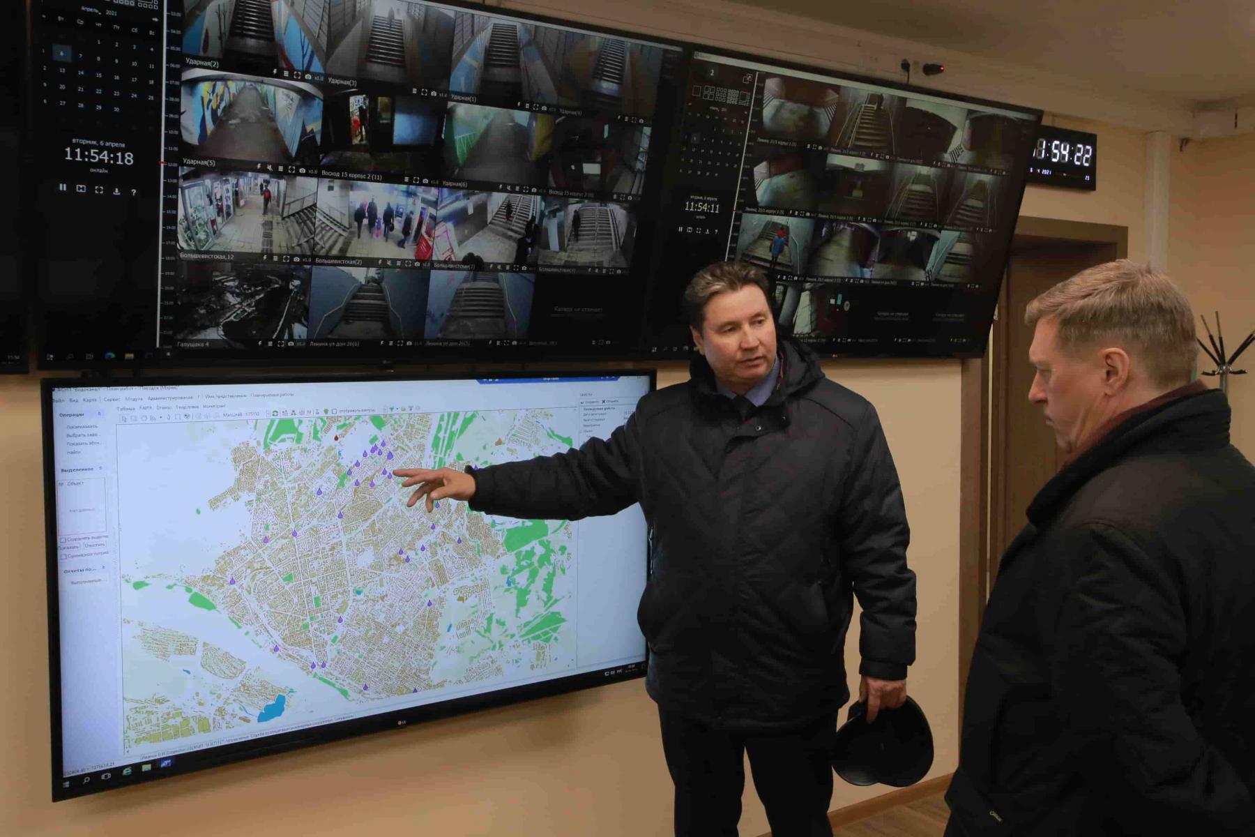 Фото Ливневую канализацию расконсервируют до конца недели в Новосибирске 3