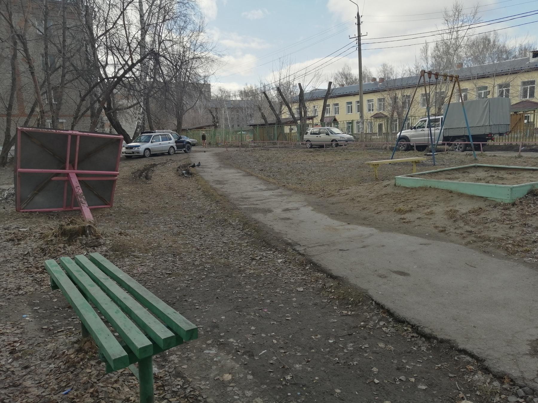 Фото «Одно неловкое движение – и ребёнок внизу»: под Новосибирском создают карту опасных мест после гибели 6-летнего мальчика 3