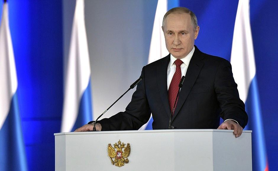 фото Послание Путина, смертельная драма у здания суда, митинг и выходные с 1 по 11 мая – итоги недели на Сиб.фм 6