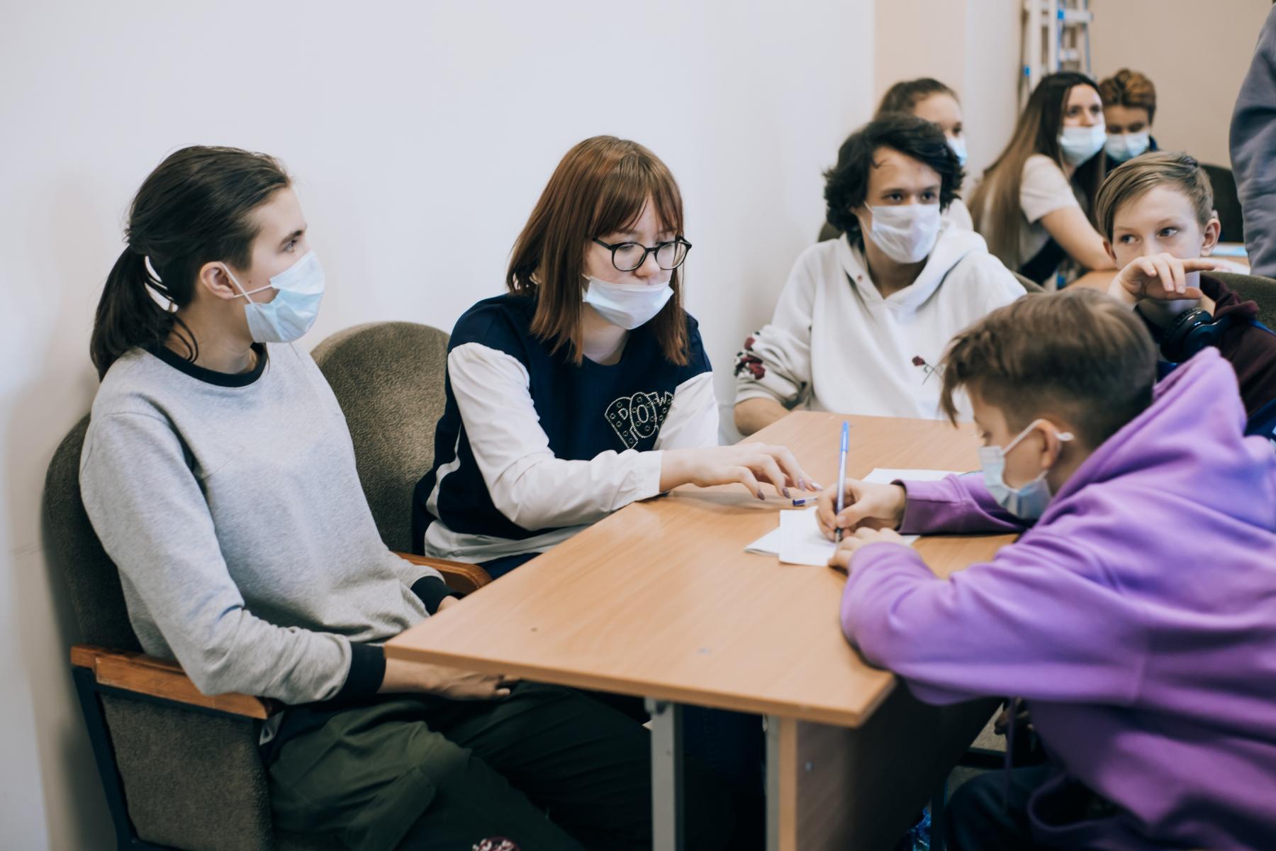 фото Новосибирские школьники создали умный пазл с медведями Каем и Гердой из зоопарка имени Шило 4