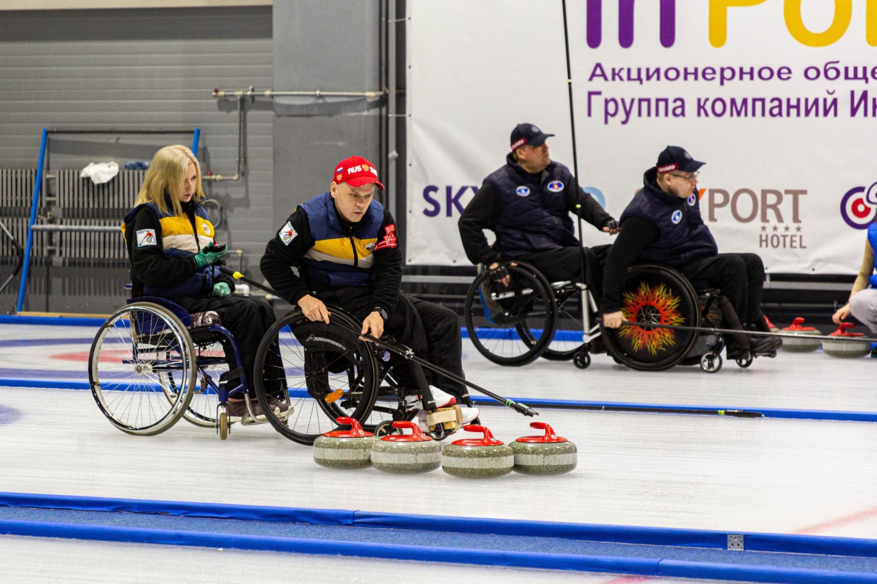 фото В Новосибирске прошли первые соревнования по кёрлингу на колясках 2