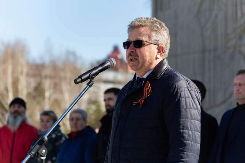 фото 72-я эстафета памяти воинов-сибиряков прошла в Новосибирске 5