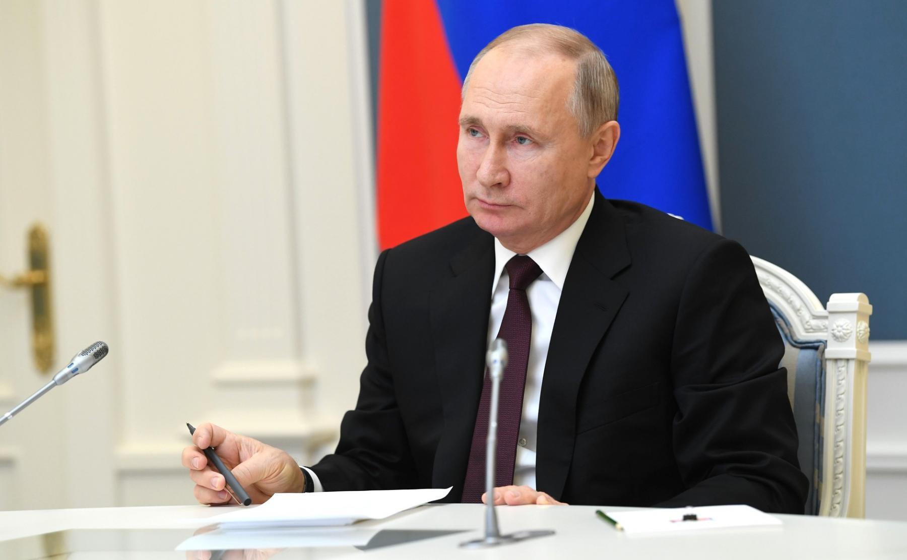 фото Путин прибавил 260 тысяч, Мишустин – миллион: кто из членов правительства обошёл по доходам президента и премьера в 2020 году 2