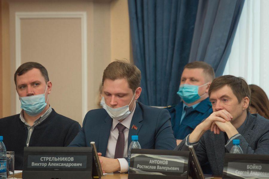 фото Внимание к проблемным участкам: депутаты горсовета обсудили насущные проблемы городского хозяйства 7