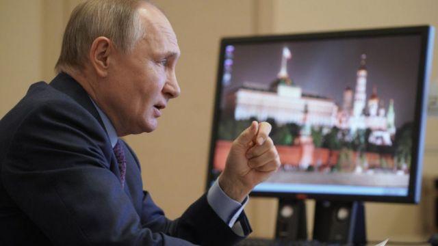 фото Обращение Путина к Федеральному собранию, двойное увеличение пособий на детей и прыжки в бассейн на лыжах: главные новости 5 апреля 2021 года – в одном материале 2