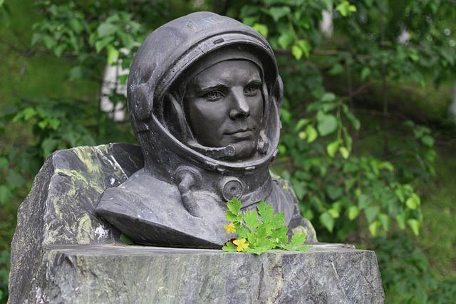 фото Как отметят День космонавтики 12 апреля в Новосибирске: полная программа 3