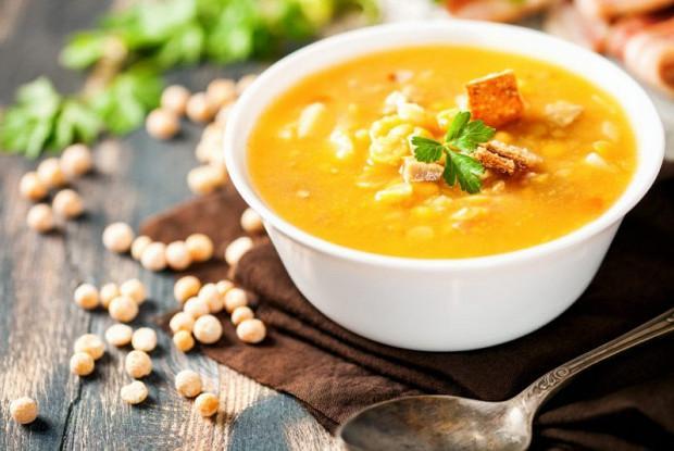 фото Гороховый с копчёностями, щи и куриная лапша: какие супы предпочитают новосибирцы 2
