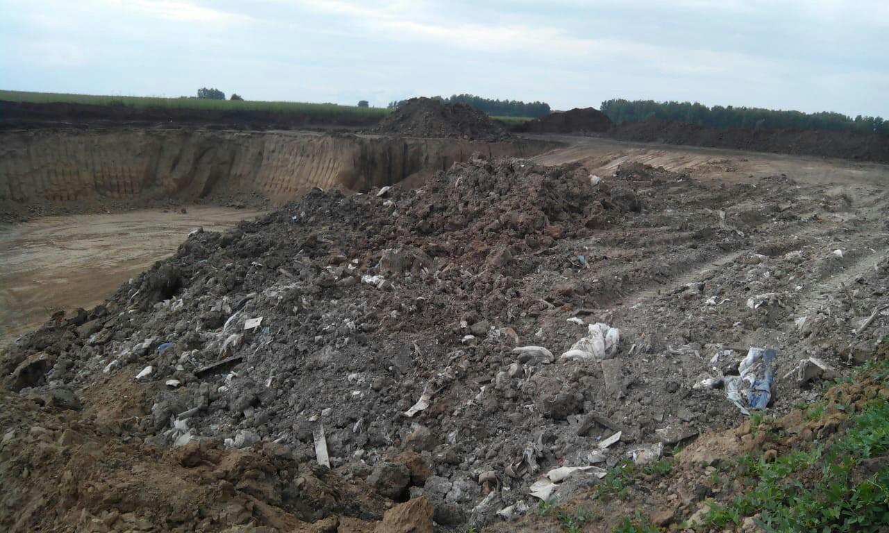 Фото Нелегальные глинодобытчики украли 71 миллион рублей в Новосибирске 2