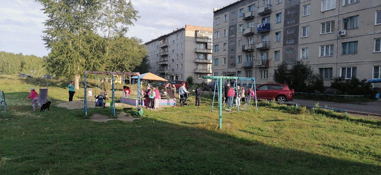 фото Ржавая вода и «цыганские шалманы»: сотни семей из военного городка под Новосибирском живут в ужасных условиях 5
