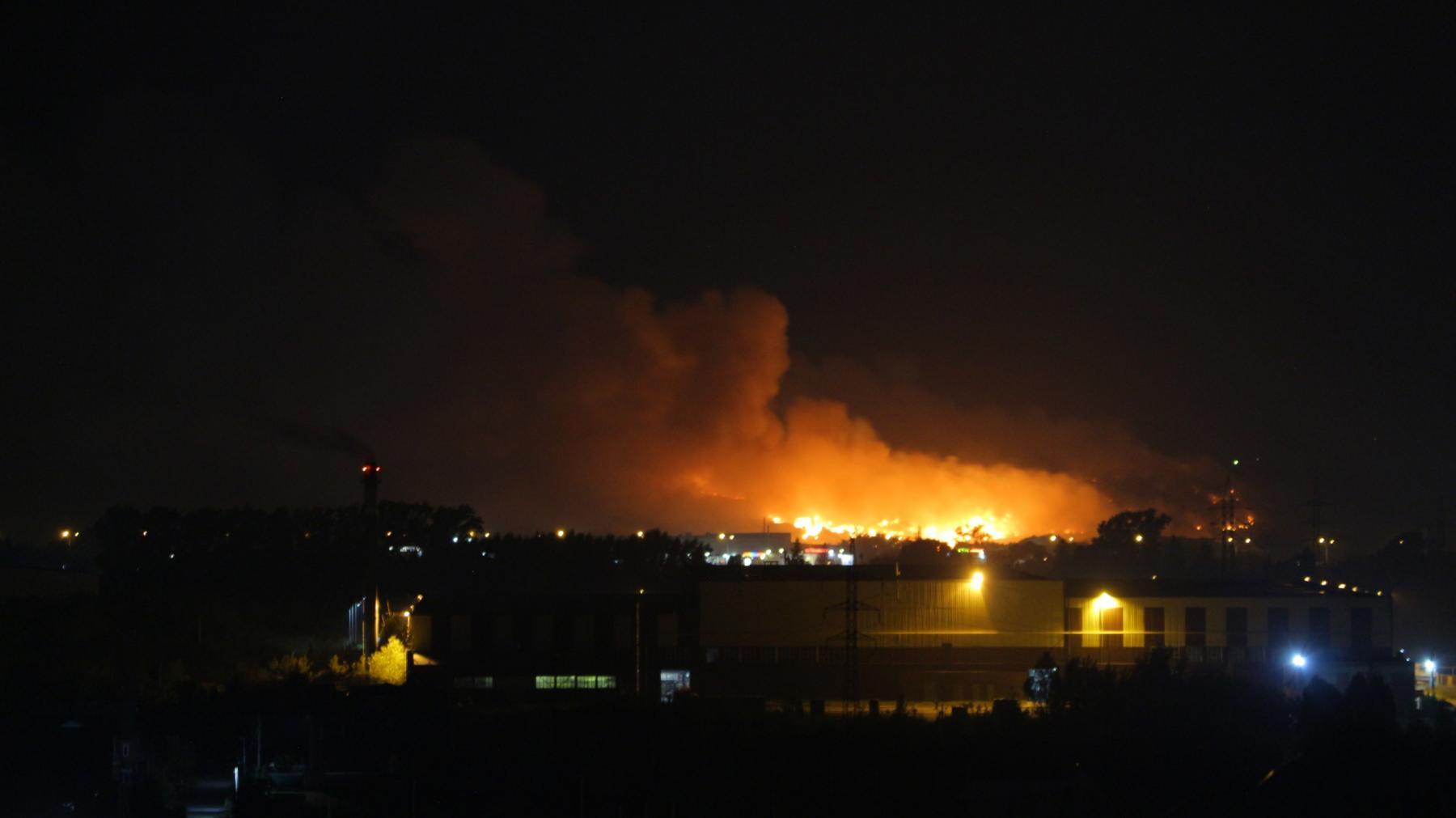 Фото «Экологическое бедствие левобережья»: эксперт рассказал о последствиях горения свалки в Новосибирске 2