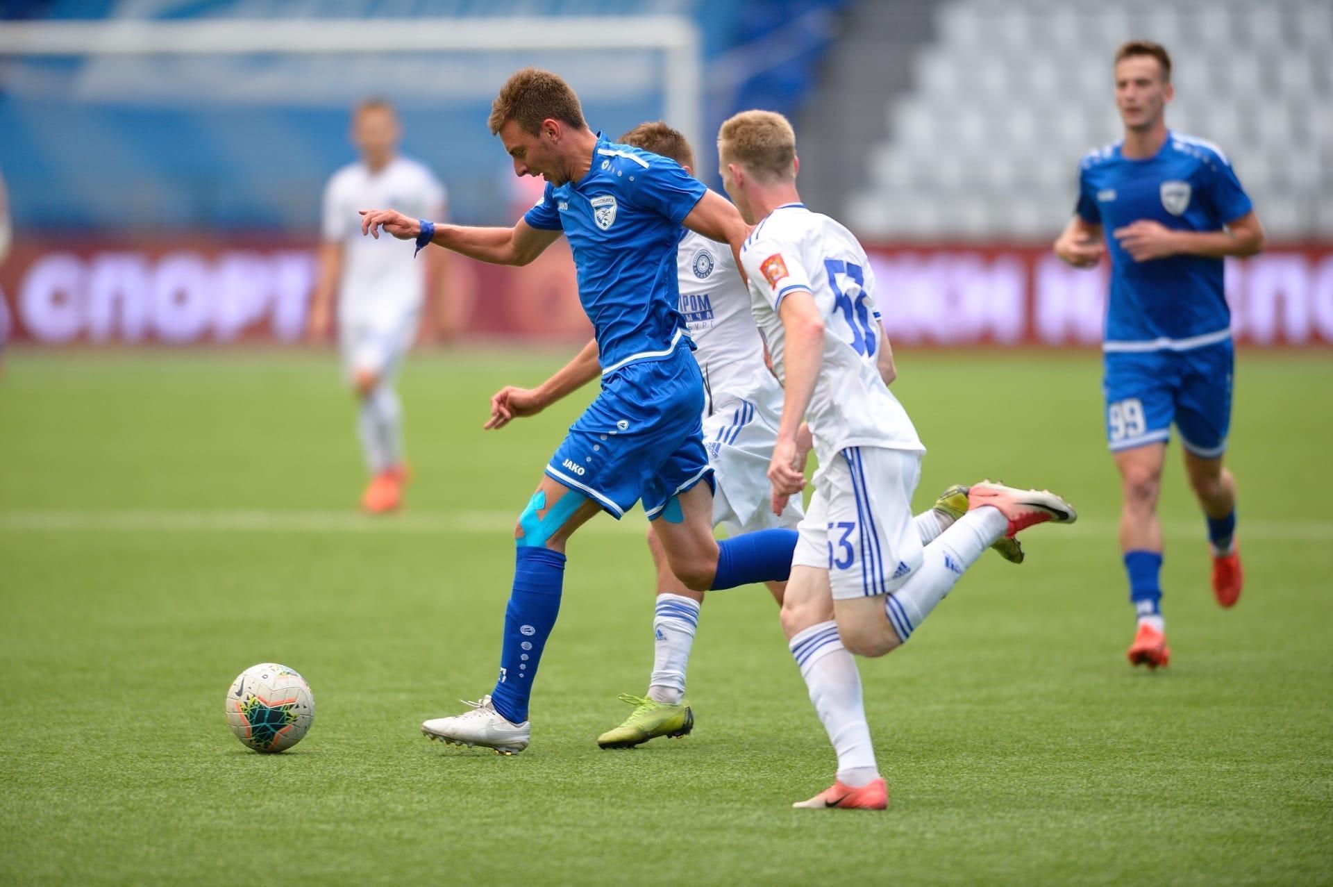 Трудовая победа: ФК «Новосибирск» выиграл первые три очка ...