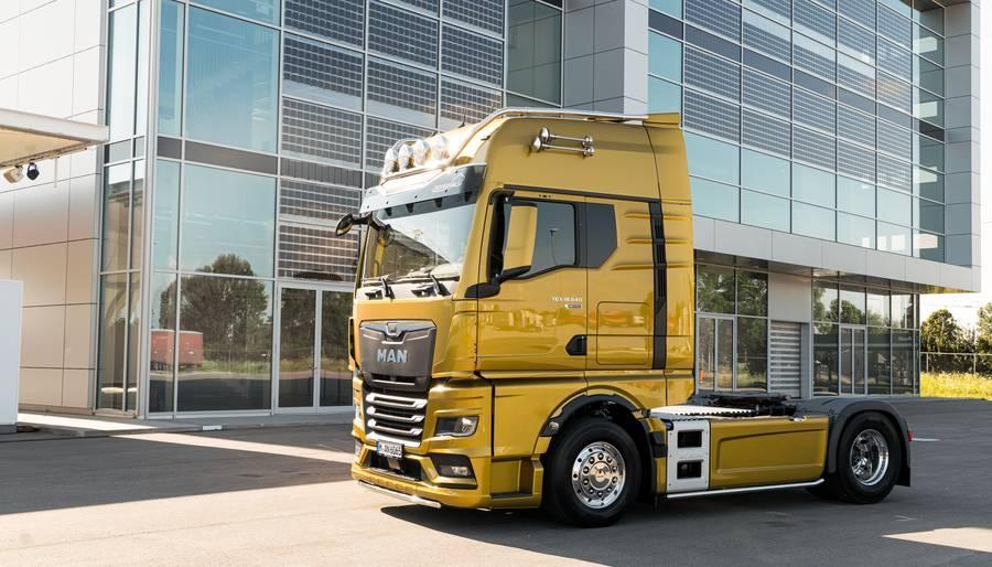 Фото Экономичный, комфортный, надёжный: компания MAN представила в Новосибирске грузовик нового поколения 2