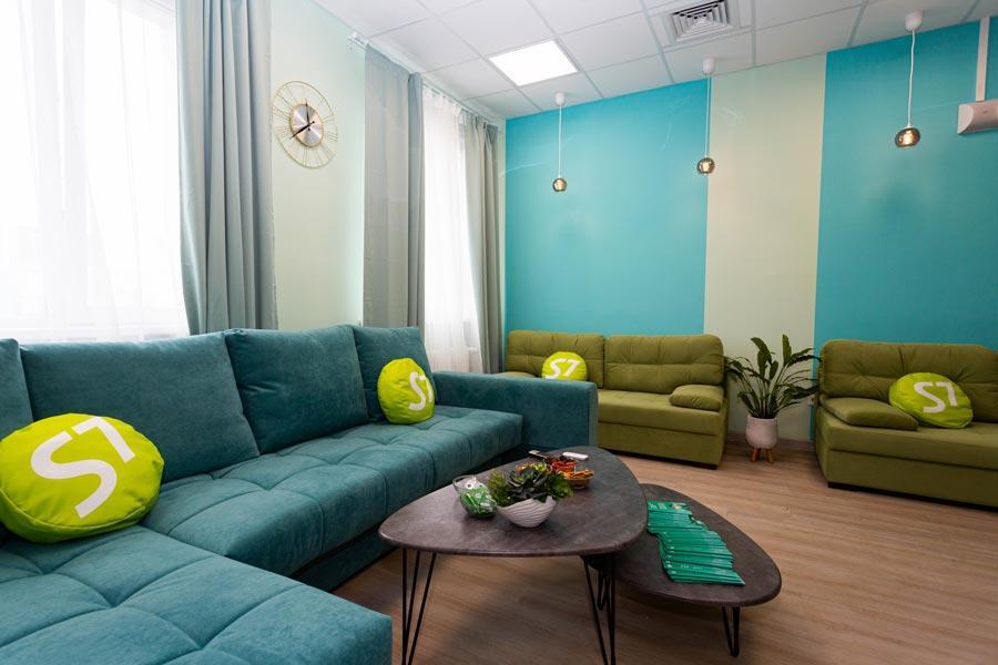Фото Комфорт не только в воздухе: S7 Airlines оборудовала релакс-зону для медиков областной больницы 3