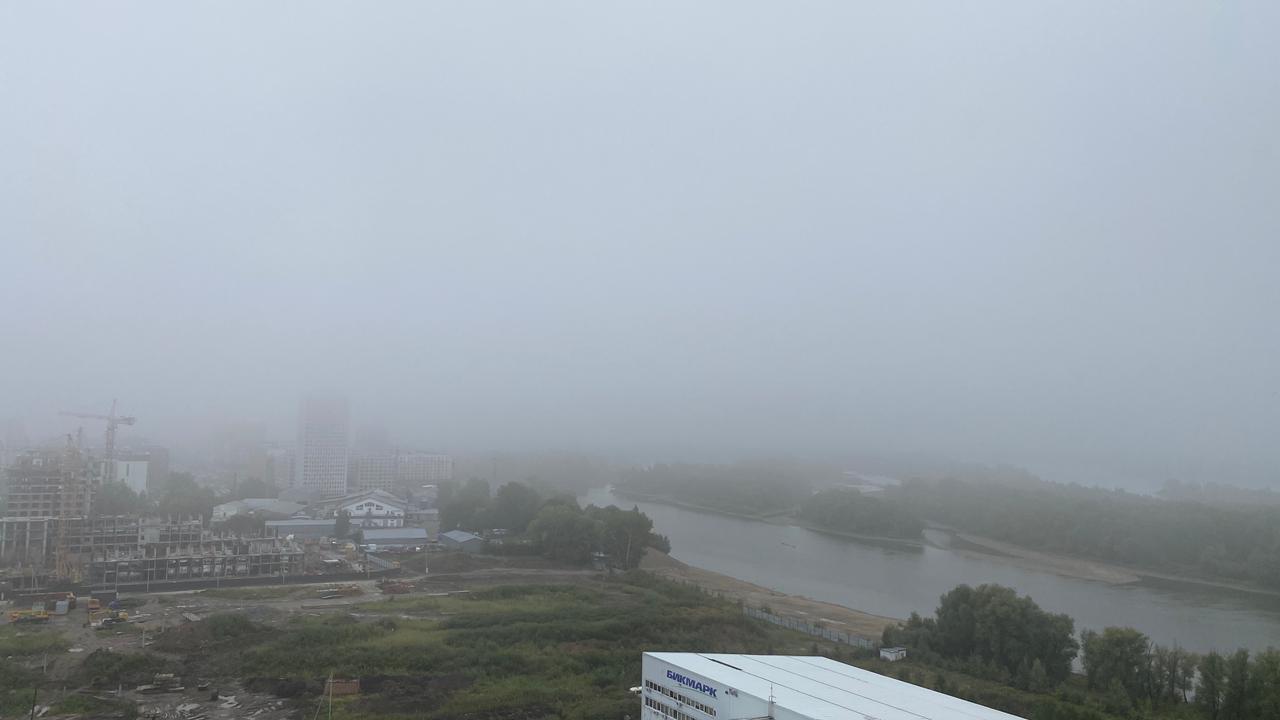 Фото «Выглядит жутковато»: новосибирцы делятся в соцсетях мистическими фото утреннего тумана 5