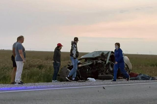 Фото Под Новосибирском 42-летний водитель Lifan погиб в ДТП с гружённой арбузами фурой 3
