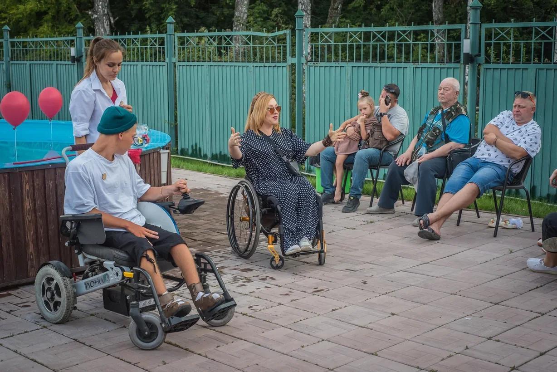 Фото Особенные рассказы: как прошёл первый спектакль нового инклюзивного проекта в Новосибирске 11