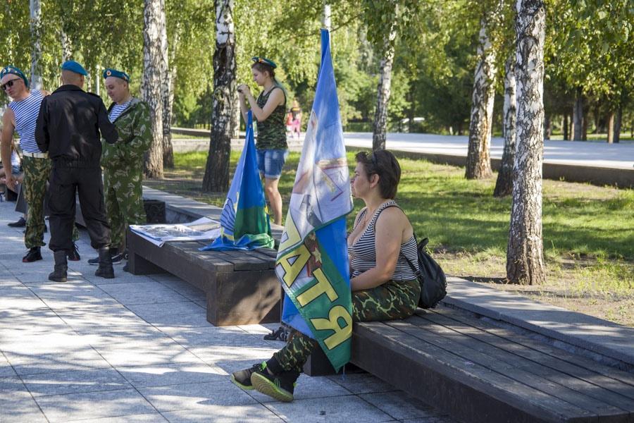 Фото День ВДВ 2 августа: в Новосибирске отменили празднование и усилили полицейские патрули 2