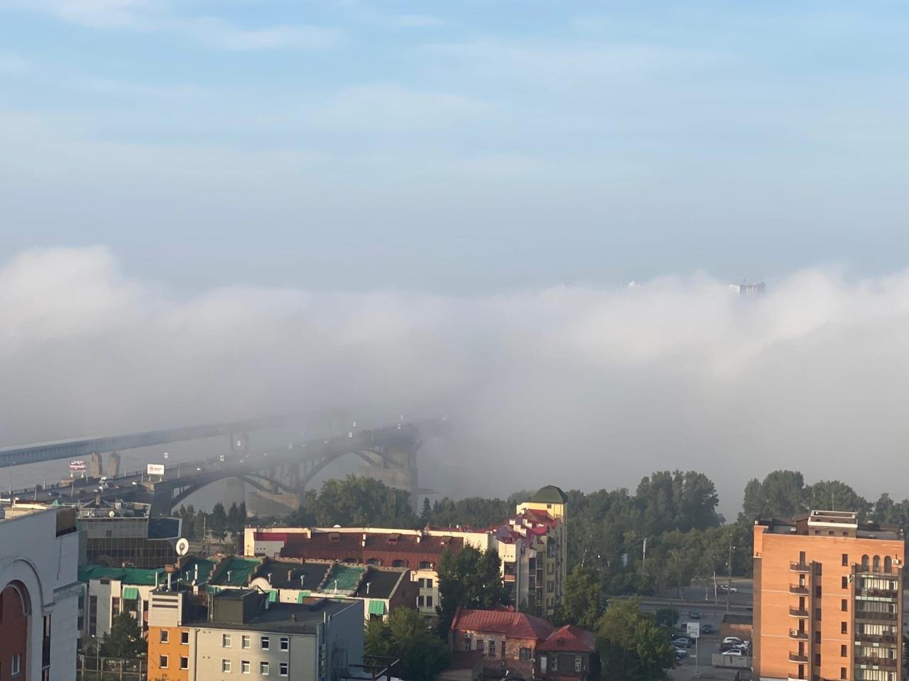 Фото Самолёты не смогли сесть в Толмачёво из-за густого тумана в Новосибирске 2