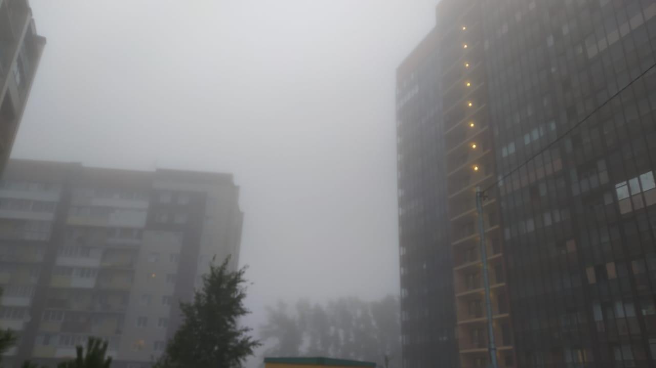 Фото «Выглядит жутковато»: новосибирцы делятся в соцсетях мистическими фото утреннего тумана 2