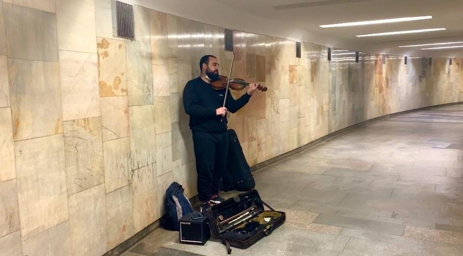 Фото Музыканты раскрыли свои доходы от выступлений в метро Новосибирска 2