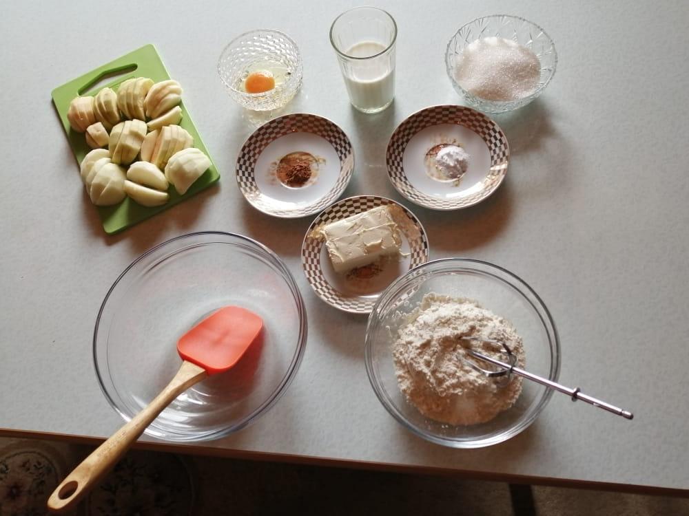 Фото Готовим аппетитный пирог на Яблочный Спас – 2021: эксклюзивный рецепт с фото 2