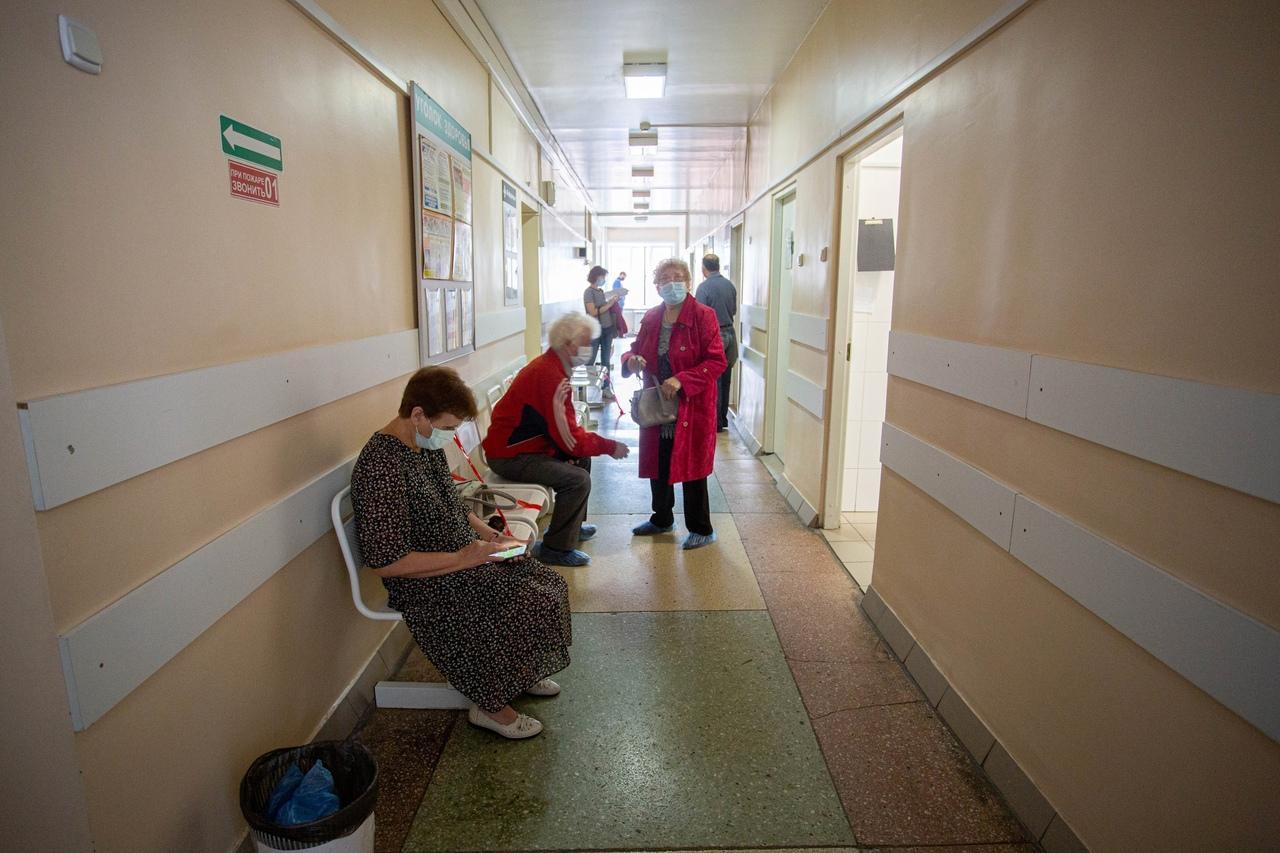 Фото Медотвод от прививки COVID-19: где можно получить справку даже при обязательной вакцинации 3