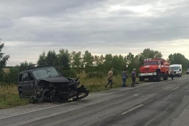 Фото Опубликованы фото ДТП под Новосибирском, в котором погибла 16-летняя девочка 4