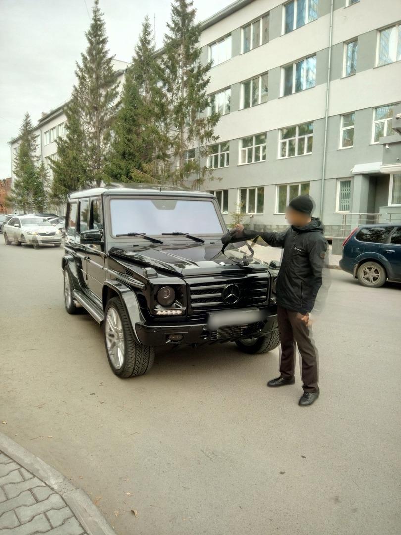 Фото «Меня могли убить, катая на капоте такси»: новосибирец рассказал, за что требует 33,5 млрд рублей с «Яндекс.Такси» 2