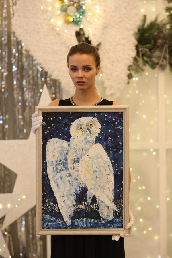 Фото Юные новосибирцы продали свои картины ради больных раком детей 2