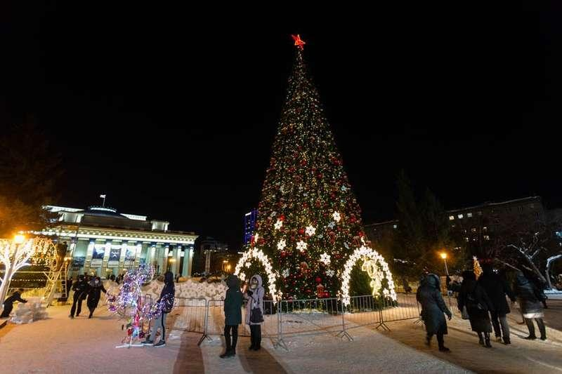 Фото «Это просто праздник какой-то»: 20 сказочных фото Новосибирска для новогоднего настроения 13