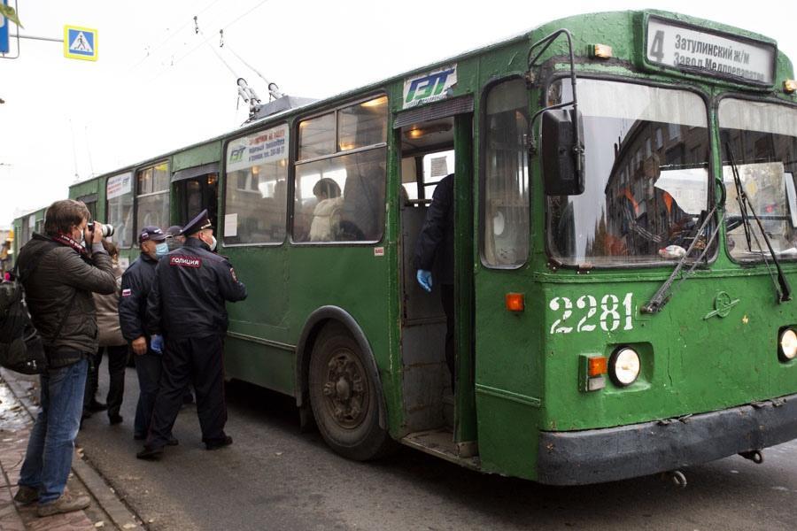 Фото Дурно пахнет и медленно убивает: эксперт оценил масштабы экологического кризиса в Новосибирске 5