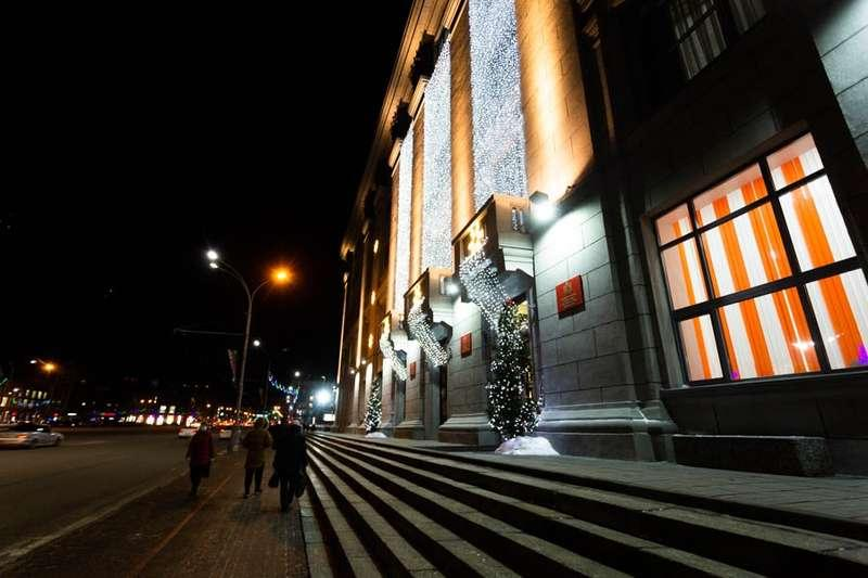 Фото «Это просто праздник какой-то»: 20 сказочных фото Новосибирска для новогоднего настроения 18