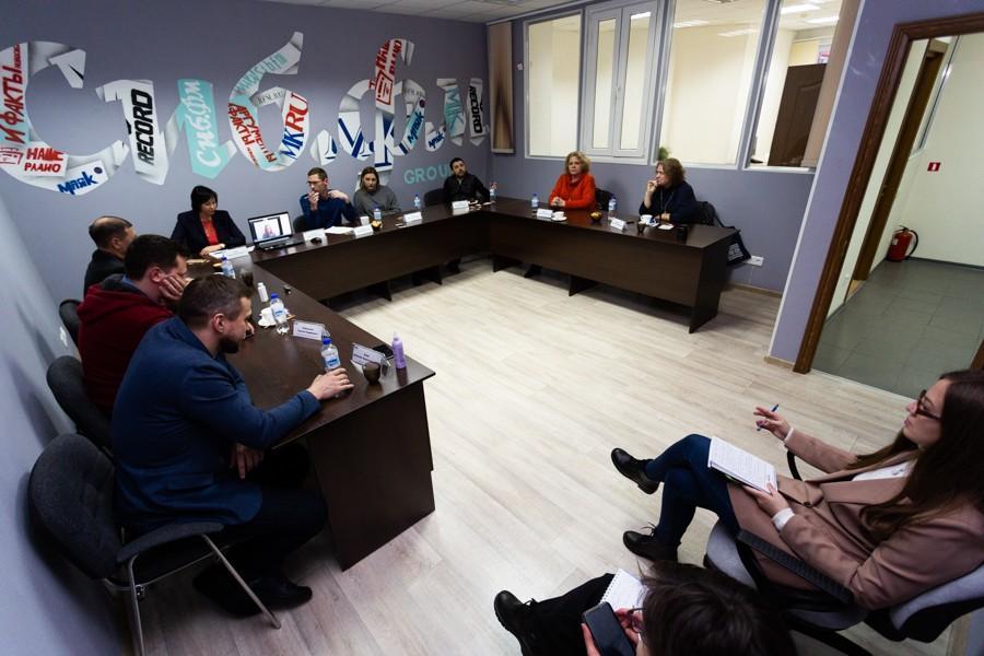 фото Спасибо, что живой: сибирские бизнесмены рассказали, как их перемолол локдаун и почему у Деда Мороза они просят не пощады, а ума 11