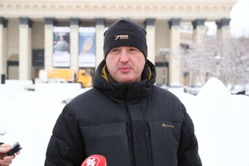 фото Дату открытия скандального катка в Театральном сквере назвали в Новосибирске 3