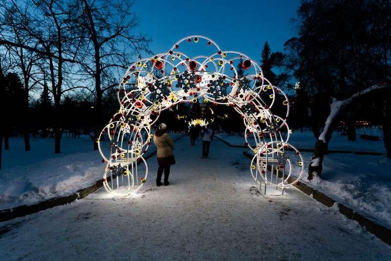 Фото «Это просто праздник какой-то»: 20 сказочных фото Новосибирска для новогоднего настроения 4
